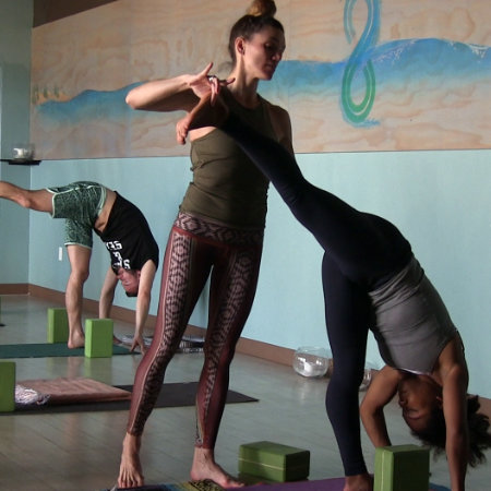 Best yoga classes san diego affordable yoga for 1 for Yoga retreat san diego